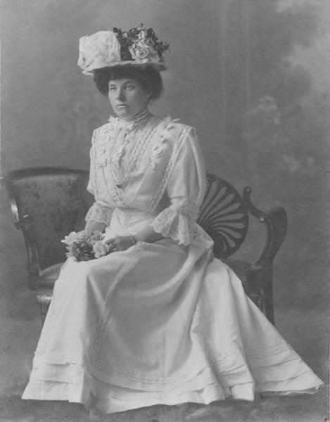 Annie Moir